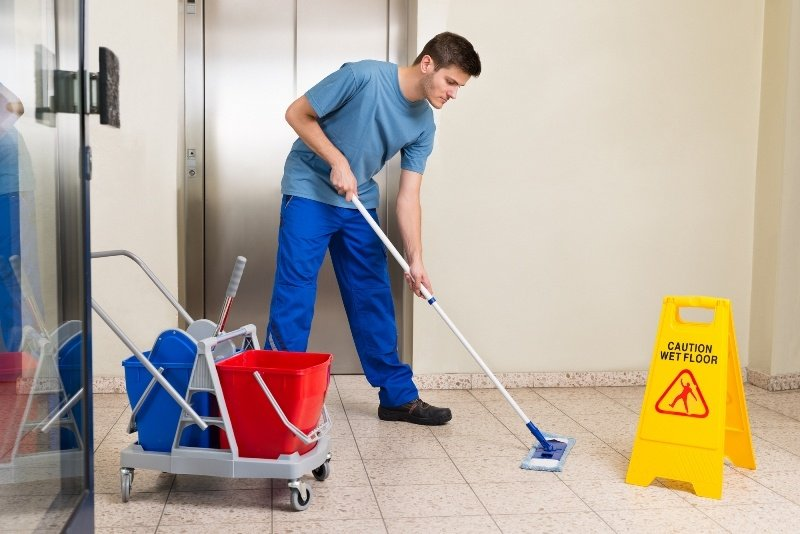Qualities and Skills of a Commercial Cleaner