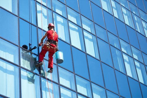 Professional Window Cleaning Safety Guidelines