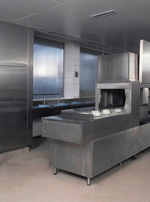 Commercial kitchen clean