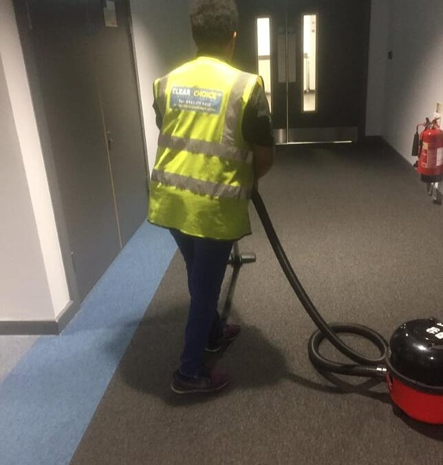 Commercial Cleaning – Difference Between Cleaning and Sanitising