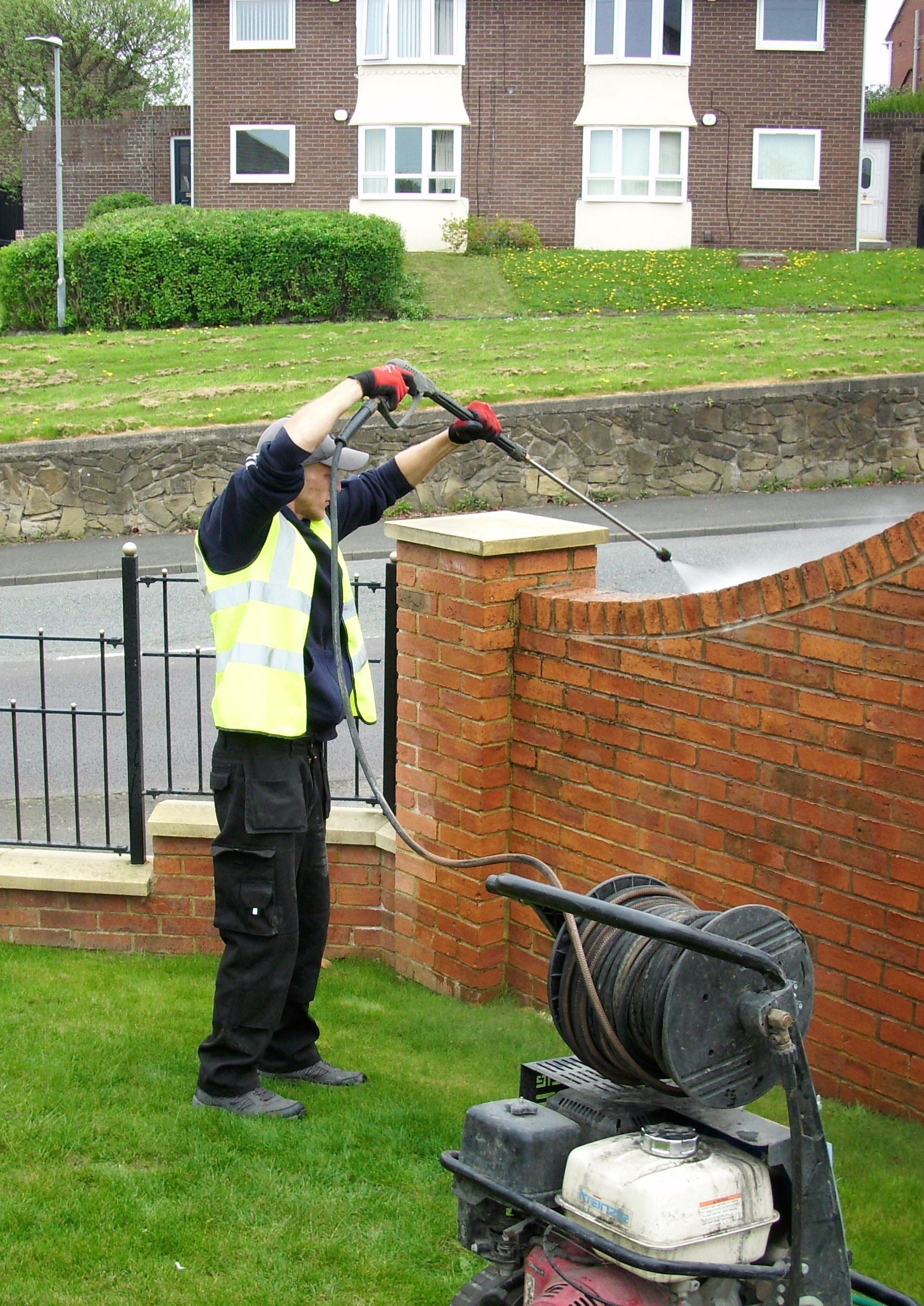Effective graffiti removal solutions
