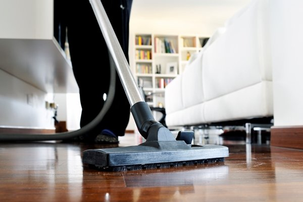 Difference between builders cleaning and domestic cleaning