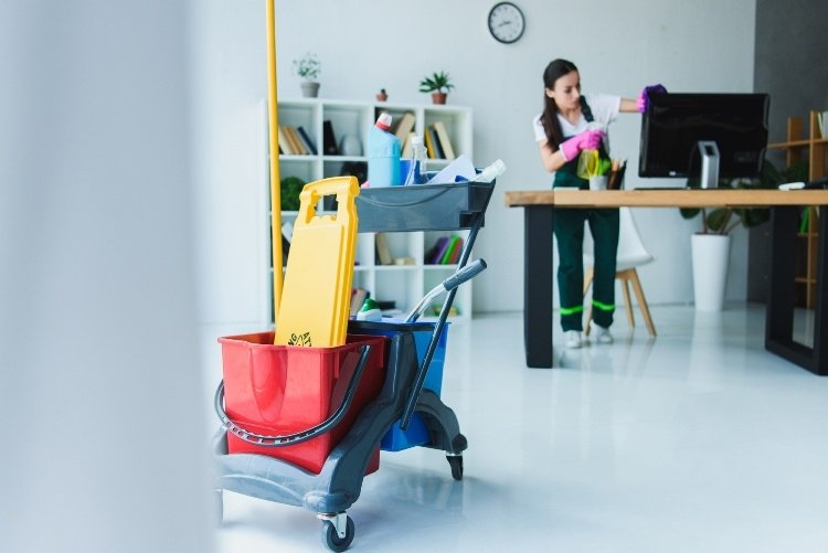 Your Office Cleaning Checklist