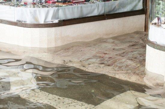 Restoring a Property After Commercial Flood Damage